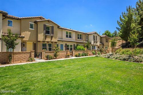 Photo of 28651 Solana Court, Valencia, CA 91354 (MLS # 221003154)