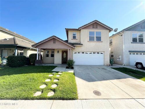 Photo of 12434 Reyes Street, Moorpark, CA 93021 (MLS # 221005154)