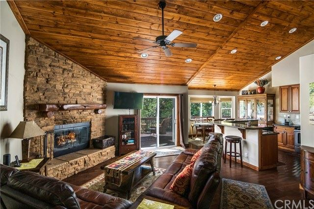 26407 Thunderbird Drive, Lake Arrowhead, CA 92352 - MLS#: EV20178154