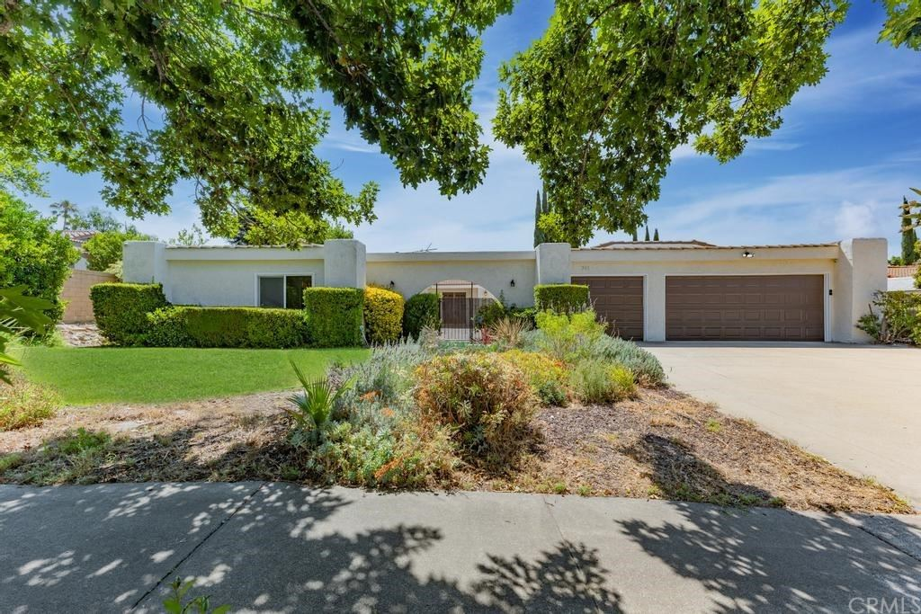246 Armstrong Drive, Claremont, CA 91711 - MLS#: TR21167154