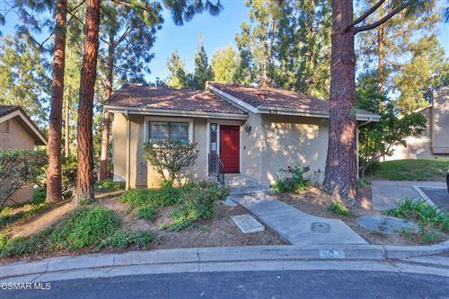 Photo of 632 Calle Aragon, Oak Park, CA 91377 (MLS # 221003155)