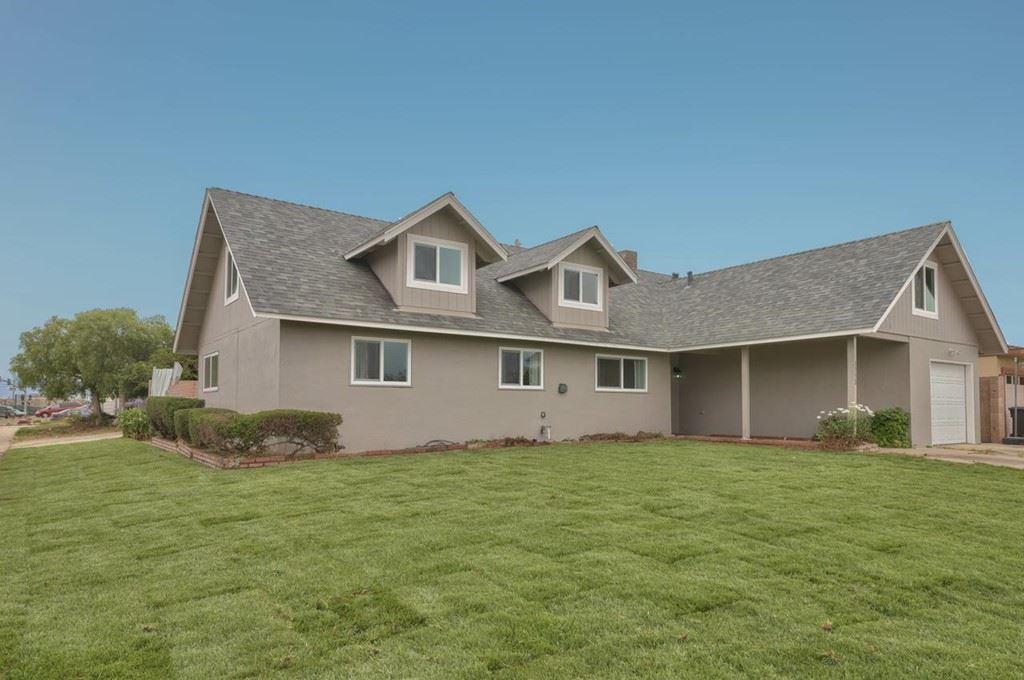 1352 Ramona Avenue, Salinas, CA 93906 - #: ML81854155