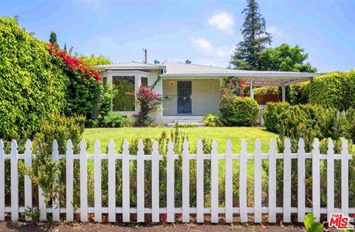 Photo of 2474 Coolidge Avenue, Los Angeles, CA 90064 (MLS # 20599156)
