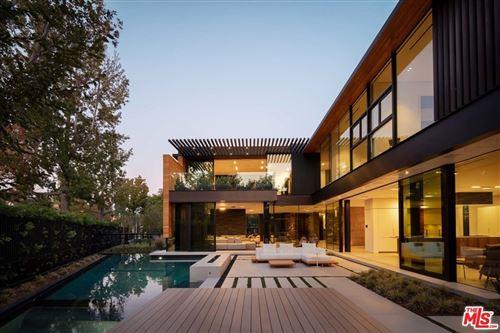 Photo of 527 N Palm Drive, Beverly Hills, CA 90210 (MLS # 21763156)