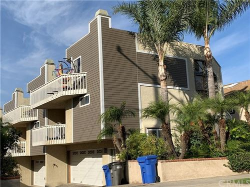 Photo of 217 S Helberta Avenue #5, Redondo Beach, CA 90277 (MLS # SB19278156)