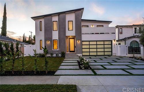 Photo of 5011 Hesperia Avenue, Encino, CA 91316 (MLS # SR20095156)