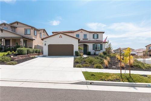 Photo of 34424 Prairie Creek Place, Murrieta, CA 92563 (MLS # SW21162156)