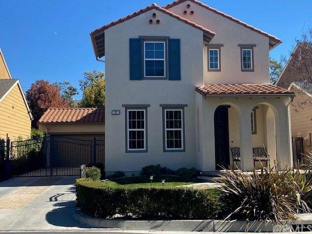 Photo of 32 Longfield Lane, Ladera Ranch, CA 92694 (MLS # OC21031156)