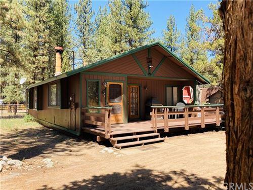 Photo of 412 Pineview Drive, Big Bear, CA 92314 (MLS # EV21104157)