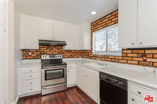 Photo of 27734 PINE HILLS Avenue, Canyon Country, CA 91351 (MLS # 19525158)