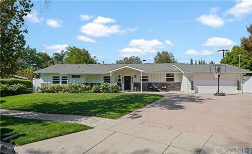 Photo of 23051 Mosby Street, Woodland Hills, CA 91364 (MLS # SR20221158)