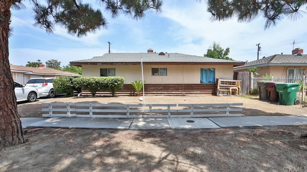 Photo of 605 S Mountain View Street, Santa Ana, CA 92704 (MLS # OC21169158)