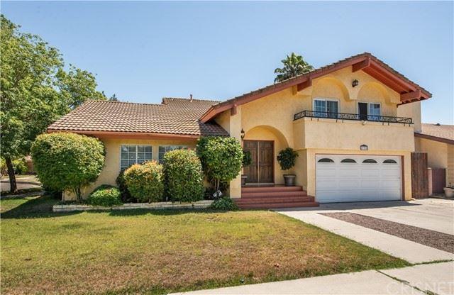 Photo of 17338 Hartland Street, Lake Balboa, CA 91406 (MLS # SR21138158)