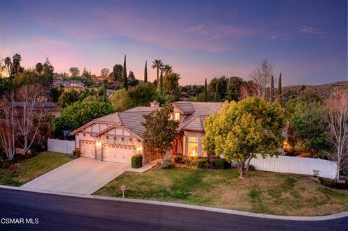 Photo of 805 Paseo Del Robledo, Thousand Oaks, CA 91360 (MLS # 221000159)