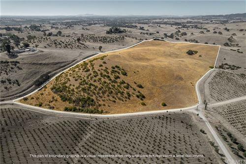 Photo of 0 Sutliff Road, San Miguel, CA 93451 (MLS # NS21231159)