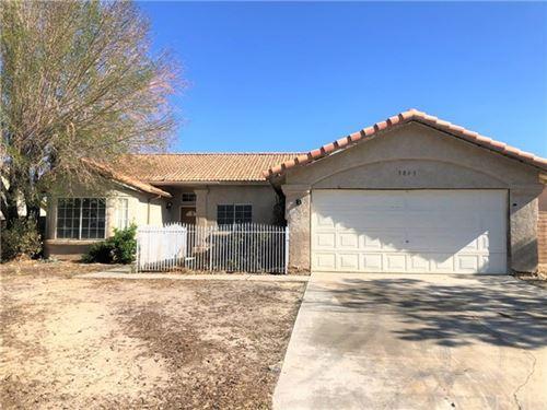 Photo of 5845 Evergem Avenue, Palmdale, CA 93552 (MLS # OC21081159)