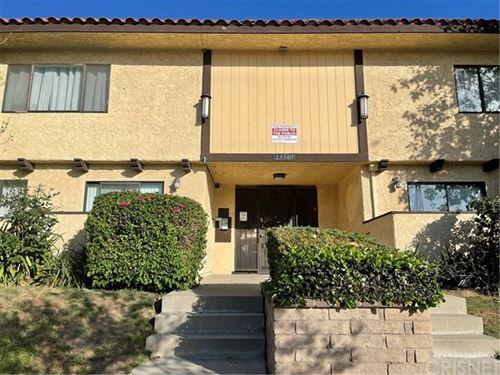 Photo of 13540 Hubbard Street #4, Sylmar, CA 91342 (MLS # SR21102159)