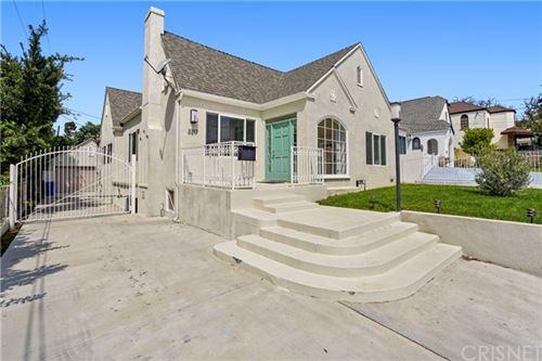 Photo of 2217 N Commonwealth Avenue, Los Angeles, CA 90027 (MLS # SR21106159)