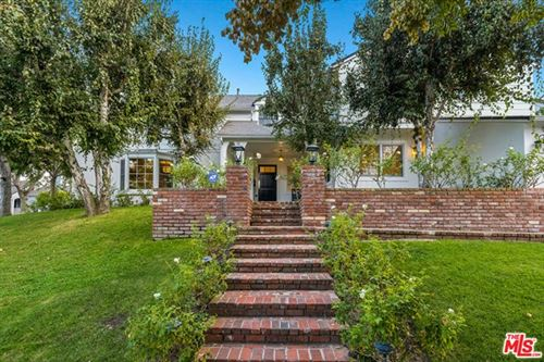 Photo of 9800 Hillgreen Place, Beverly Hills, CA 90212 (MLS # 20646160)