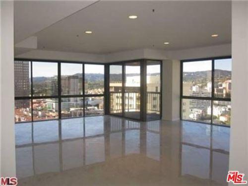 Photo of 10750 Wilshire Boulevard #1401, Los Angeles, CA 90024 (MLS # 21699160)