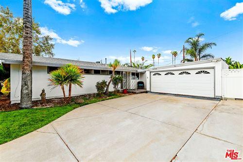 Photo of 18709 Gilmore Street, Reseda, CA 91335 (MLS # 21794160)