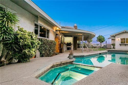 Photo of 31025 Sutherland Drive, Redlands, CA 92373 (MLS # EV21080160)