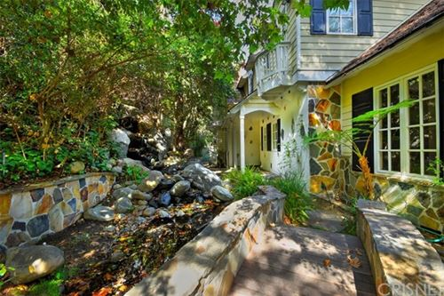 Photo of 12985 Galewood Street, Studio City, CA 91604 (MLS # SR20028160)