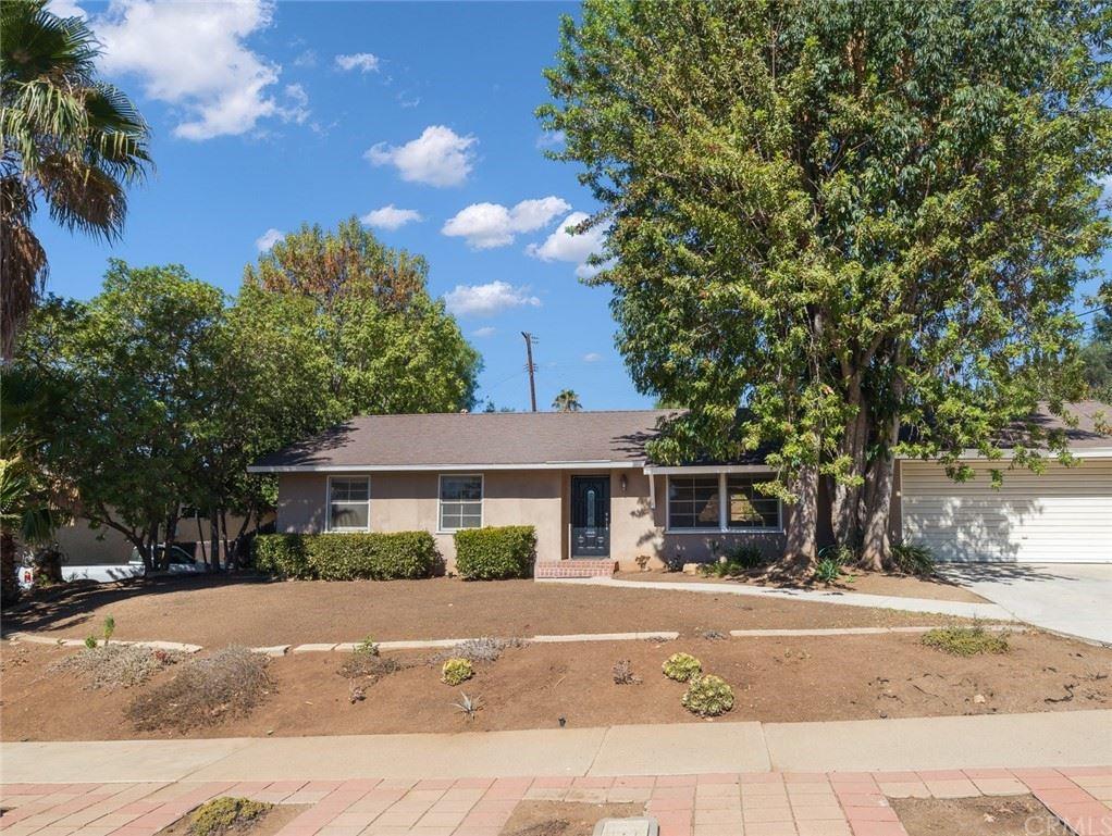 1097 Calle Castano, Thousand Oaks, CA 91360 - MLS#: SB21187160