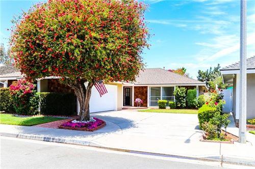 Photo of 10725 La Batista, Fountain Valley, CA 92708 (MLS # OC21083162)
