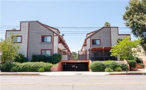 Photo of 15946 Vanowen Street #209, Lake Balboa, CA 91406 (MLS # SR20163162)
