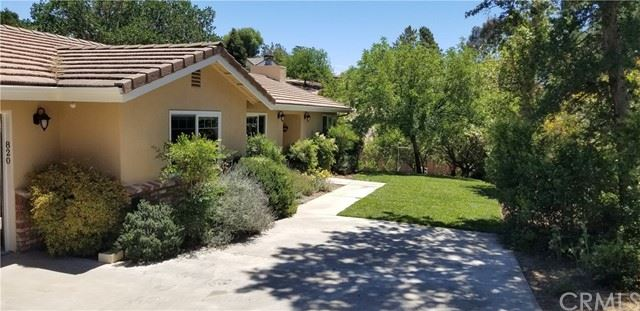 Photo of 820 Jackson Drive, Paso Robles, CA 93446 (MLS # NS21112162)