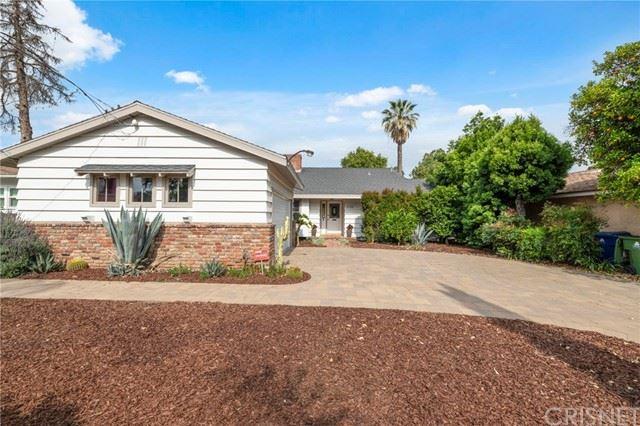 Photo of 6336 Ventura Canyon Avenue, Valley Glen, CA 91401 (MLS # SR21097162)