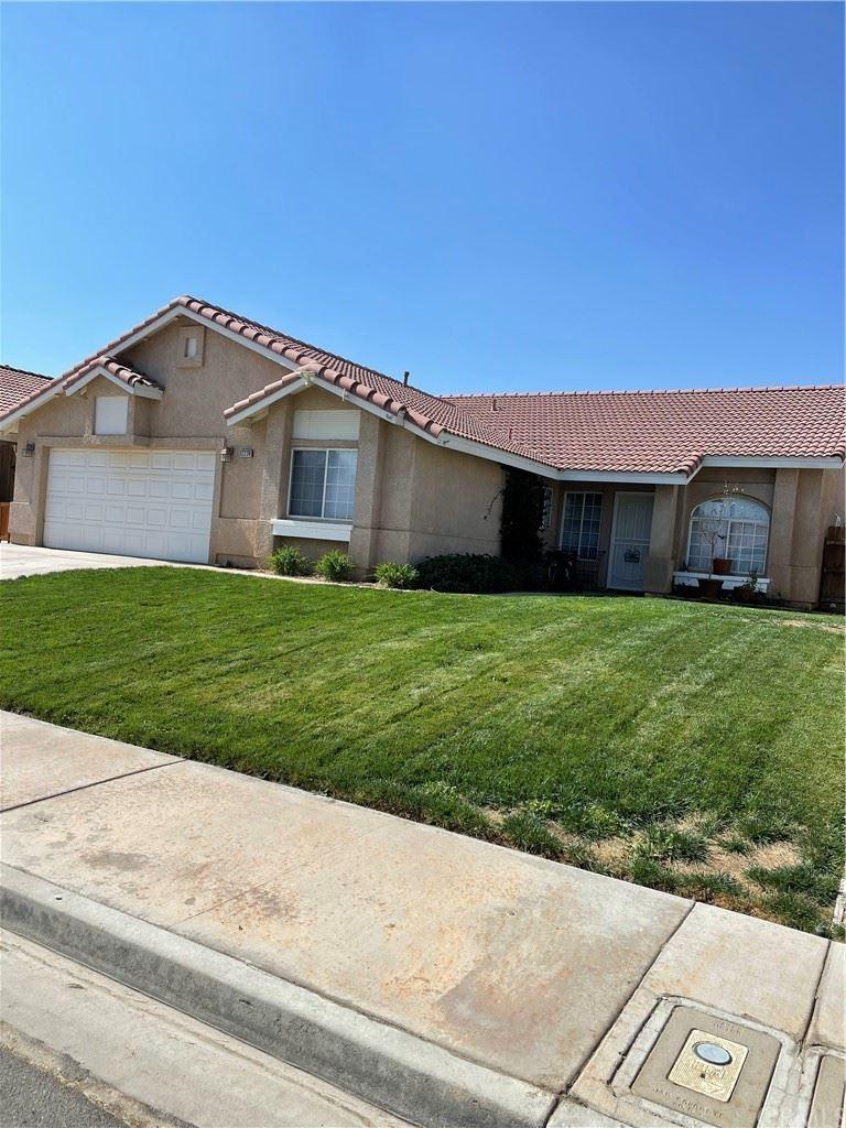 Photo of 12228 Silver Arrow Way, Victorville, CA 92392 (MLS # TR21200163)