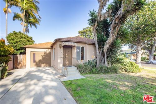 Photo of 2822 S WESTGATE Avenue, Los Angeles, CA 90064 (MLS # 20555164)