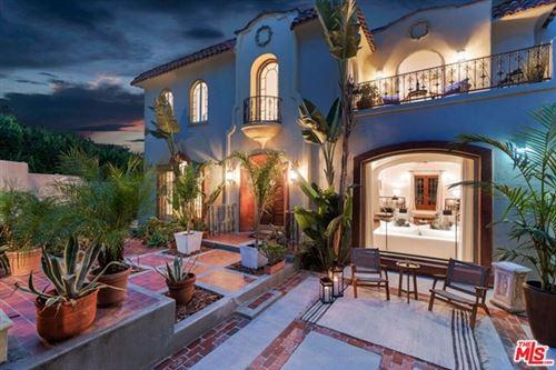 Photo of 6538 Cahuenga Terrace, Los Angeles, CA 90068 (MLS # 21678164)