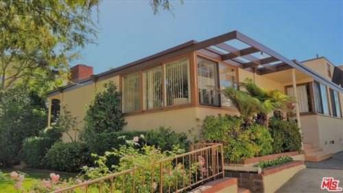 Photo of 1621 Manning Avenue, Los Angeles, CA 90024 (MLS # 21799164)