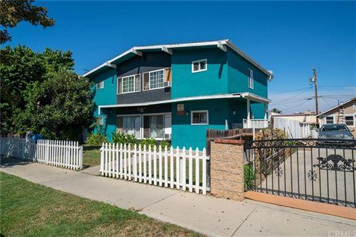Photo of 607 E Walnut Street, Santa Ana, CA 92701 (MLS # OC21223165)