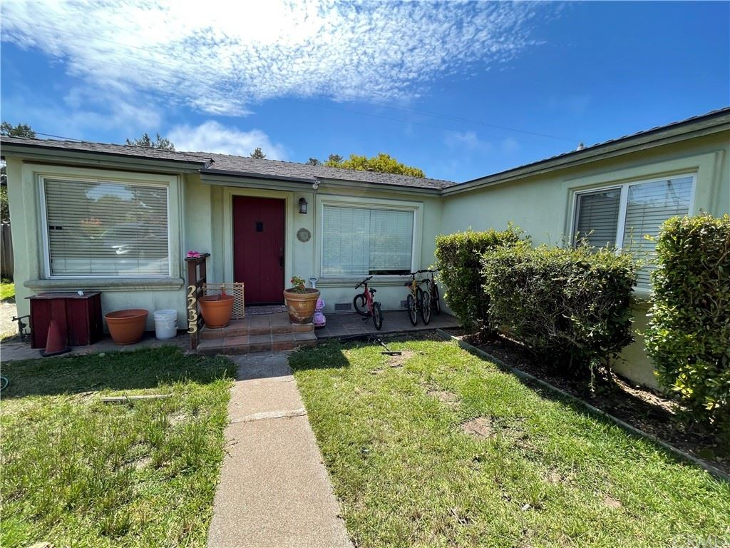 Photo of 2235 Yorkshire Drive, Cambria, CA 93428 (MLS # SW21168165)