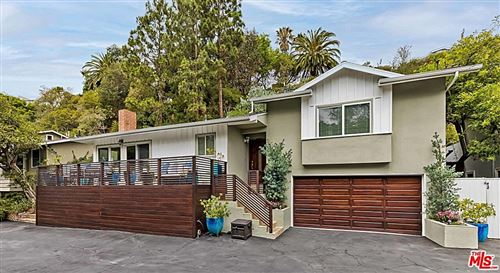 Photo of 14517 W Sunset Boulevard, Pacific Palisades, CA 90272 (MLS # 21777166)