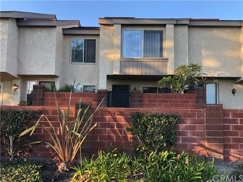 Photo of 1033 W Orangewood Avenue, Anaheim, CA 92802 (MLS # OC21035166)