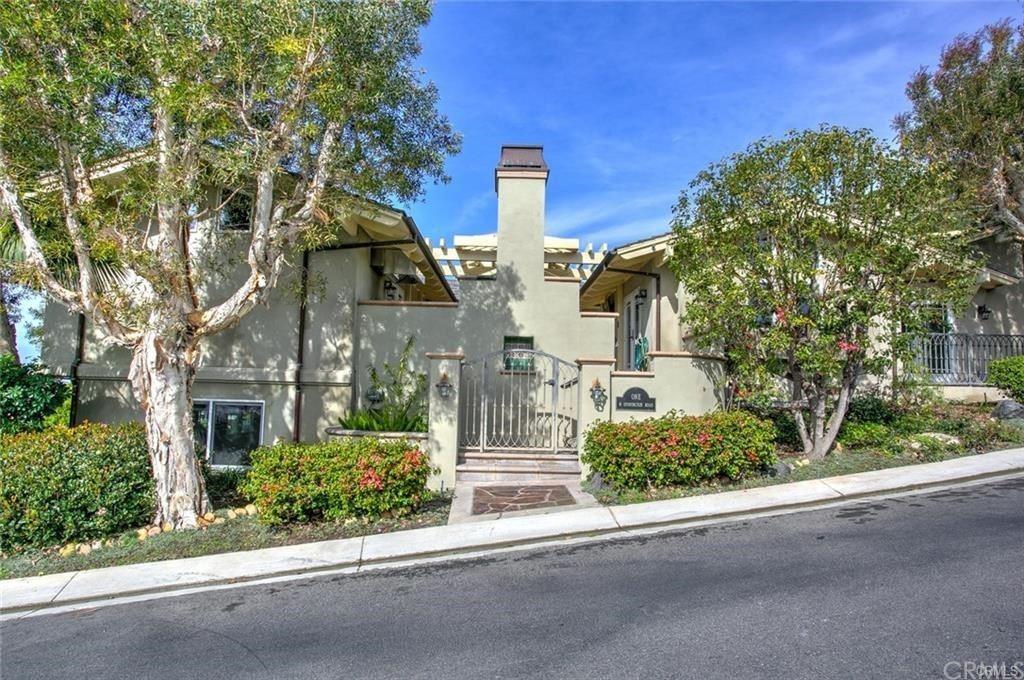 Photo for 1 N Stonington Road, Laguna Beach, CA 92651 (MLS # LG21111166)