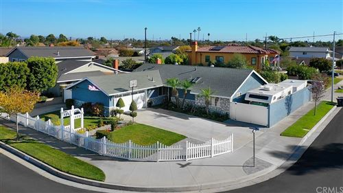 Photo of 9292 Groton Drive, Huntington Beach, CA 92646 (MLS # OC21233167)