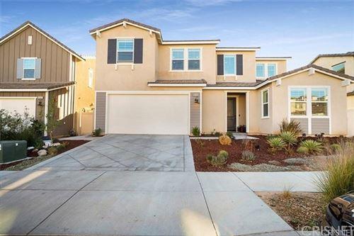 Photo of 18338 Cachet Way, Saugus, CA 91350 (MLS # SR21106167)
