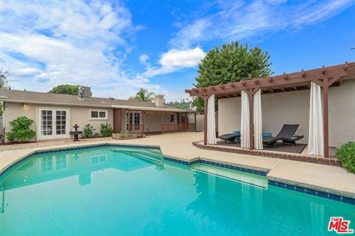 Photo of 24343 Vanowen Street, West Hills, CA 91307 (MLS # 20630168)
