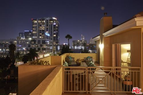 Photo of 6038 Carlton Way #402, Los Angeles, CA 90028 (MLS # 20632168)