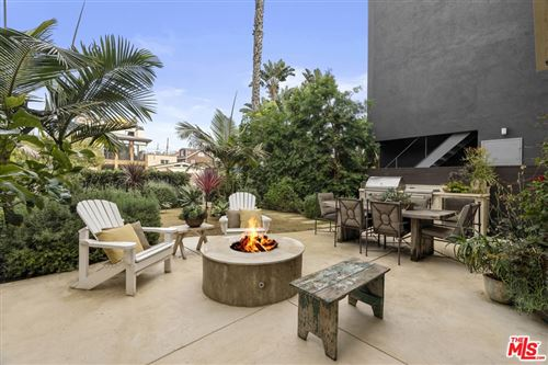 Photo of 2310 Strongs Drive, Venice, CA 90291 (MLS # 21686168)