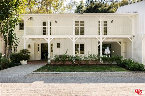Photo of 2185 Mandeville Canyon Road, Los Angeles, CA 90049 (MLS # 21773168)