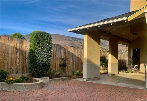 Photo of 1072 Willow Circle #19, San Luis Obispo, CA 93401 (MLS # SC21210168)
