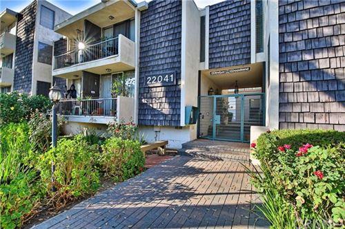 Photo of 22041 Costanso Street #201, Woodland Hills, CA 91364 (MLS # SR20222168)