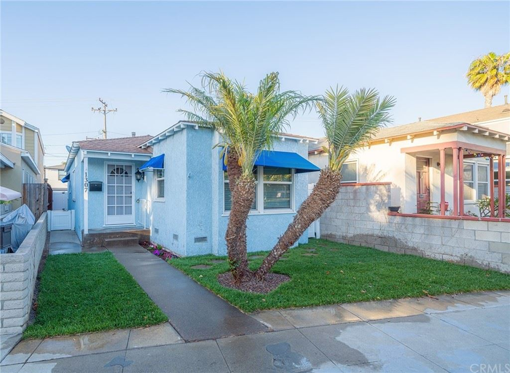 Photo of 1307 Electric Avenue, Seal Beach, CA 90740 (MLS # OC21120168)